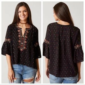 Miss Me / Embroidered Bell Sleeve Boho Top w Trees